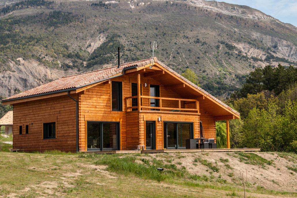 Good alcuni esempi di with case in legnio for Boraschi case in legno