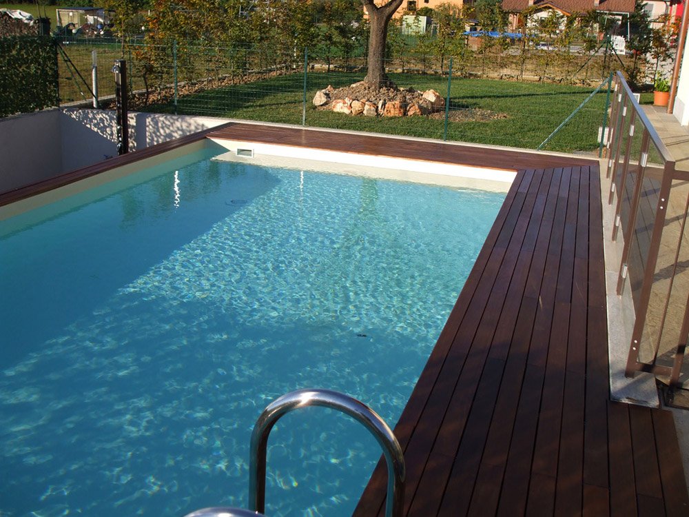Piscine fuori terra cobel legno e piscine for Piscine in terra
